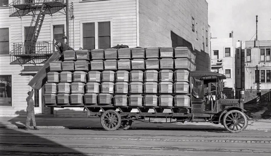 Spanish flu death toll overloaded the coffin trucks.